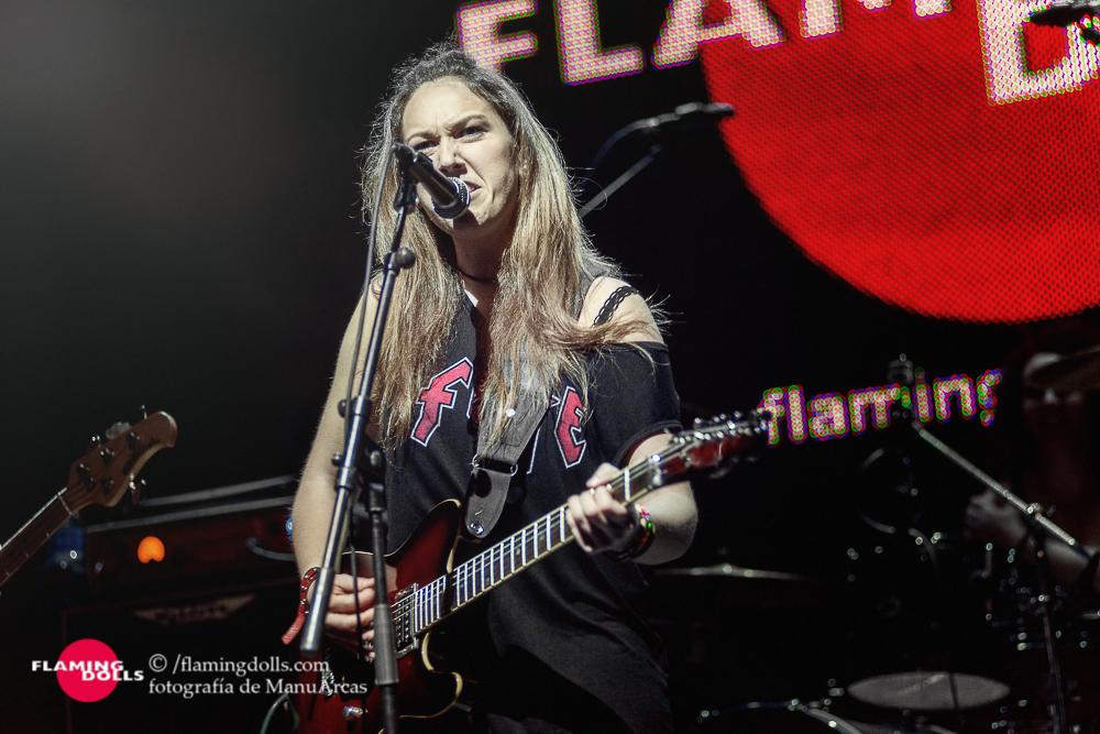 FlamingDollsSalaArena35