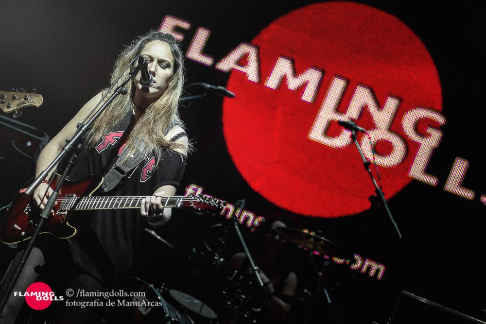 FlamingDollsSalaArena36