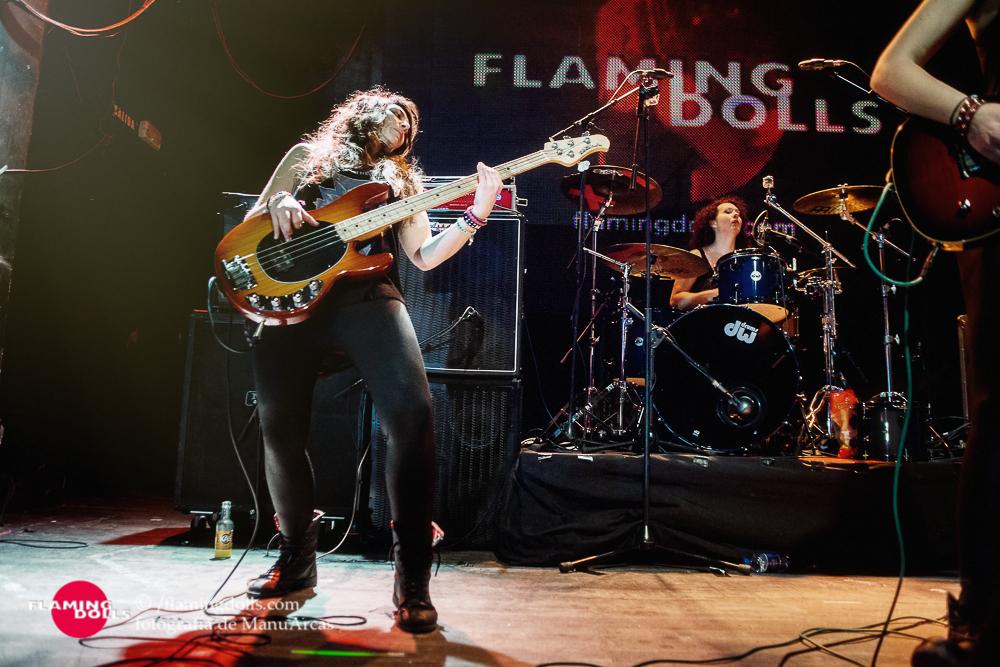 FlamingDollsSalaArena48