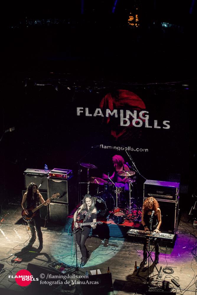 FlamingDollsSalaArena50